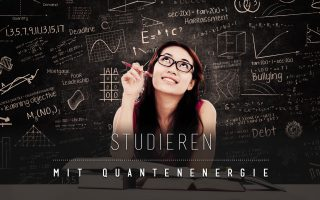 Studentinnen und Studenten lernen effektiver durch die 90.10.-CARD